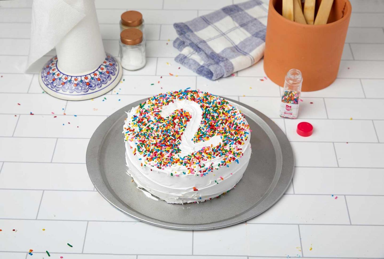 Do-It-Yourself Stencil Cake