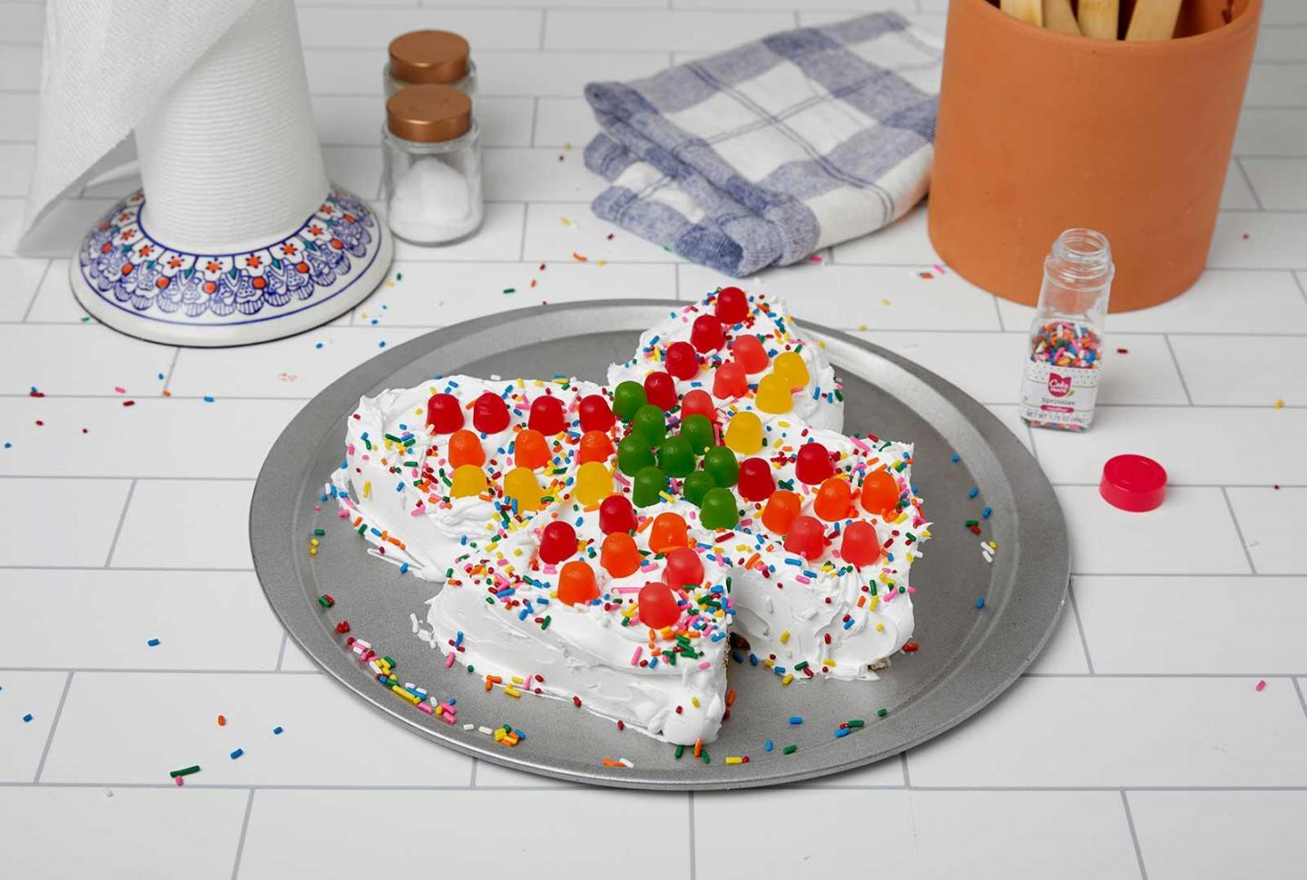 Do-It-Yourself Butterfly Cake